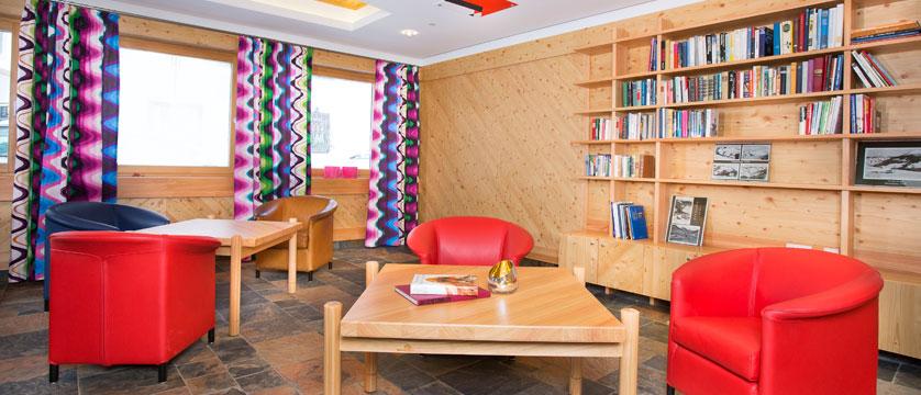 austria_hinterglemm_hotel-glemmtalerhof_library.jpg